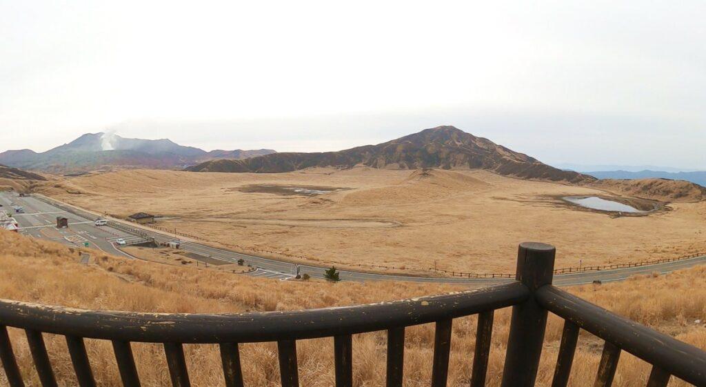 展望台から望む真冬の草千里ヶ浜